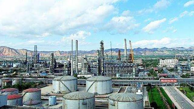 石油化工企业数字集群百度抓饭直播官网对讲系统解决方案